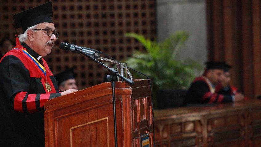 """Rector de la UCAB llamó a """"defender la universidad libre, democrática y de calidad"""""""