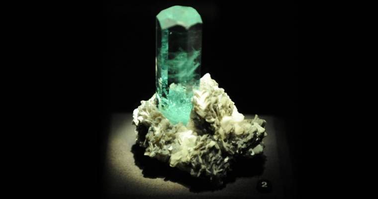 The Sea Stone: Aquamarine Stone Meaning and Uses —  Crystal Meanings