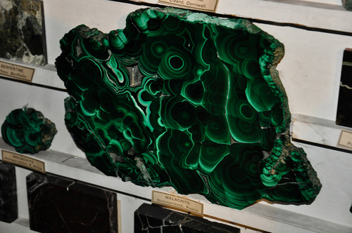Interestingly enough, it is believed malachite will sometimes break into pieces to warn of immediate danger. -- Malachite Metaphysical Properties