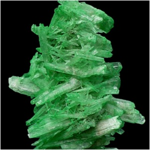 Green selenite exudes warm, comforting energies. It can encourage a general sense of well-being and gives a boost to the self-esteem. -- Green Selenite Meaning and Uses