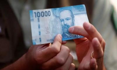 10 mil pesos A_UNO_879946