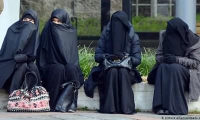 Mujeres en Afganistan .50s9988