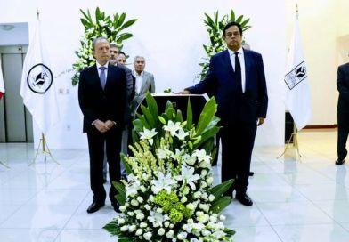 El fallecimiento de don Guillermo Cosío Vidaurri, conmocionó a la clase política vallartense