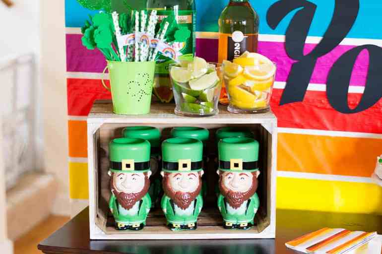 Lucky Your Party Table Drink Stand