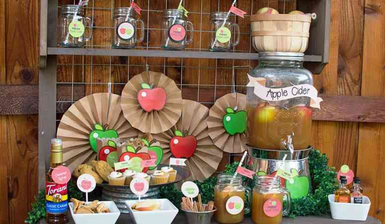 A Refreshing Fall Apple Cider Bar