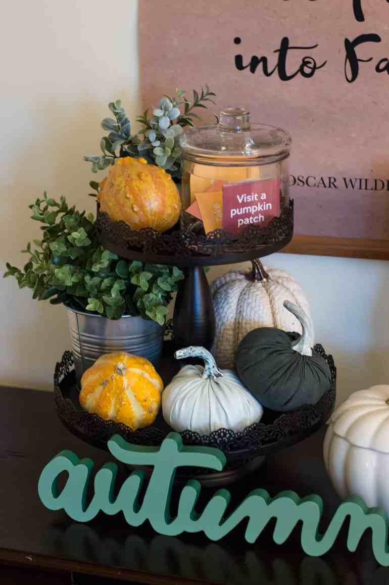 Enjoy this Fall Family Bucket List Free Printable from Elva M Design Studio