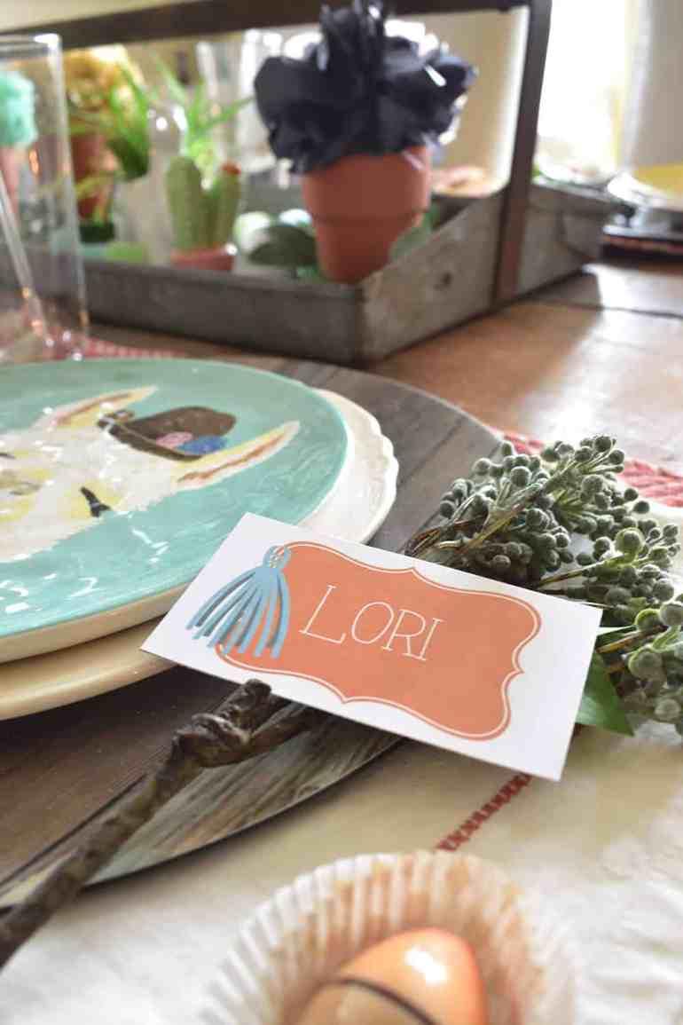 Free Llamas & Mamas Place Cards from Elva M Design Studio