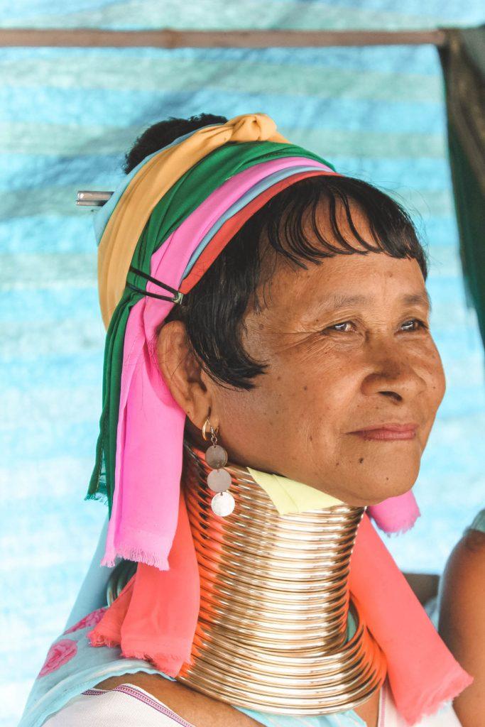 Mujeres jirafa