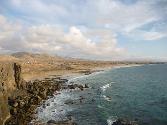 piedra_playa_fuerteventura_elviajenotermina_blog viajes