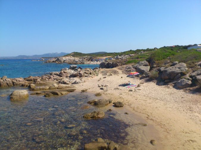 playa_cerdeña_italia_elviajenotermina_blog viajes