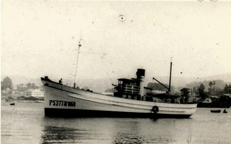 Buque pesquero en Bouzas