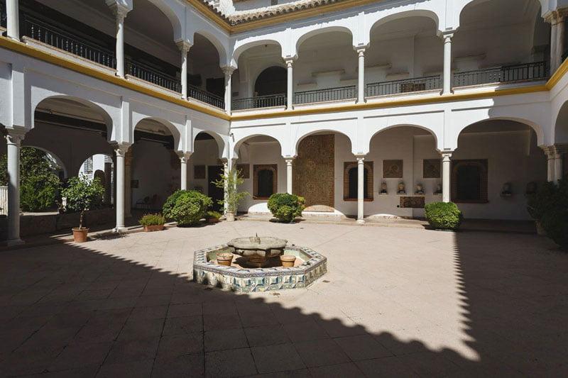 Patio Museo Arqueológico