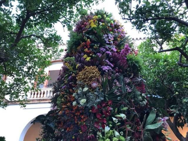 Elisabeth-Blumen_-Isabel-Marias_-El-Museo-Taurino-de-Córdoba_3 FLORA ya está en la calle... se ha estrenado esta mañana!!!