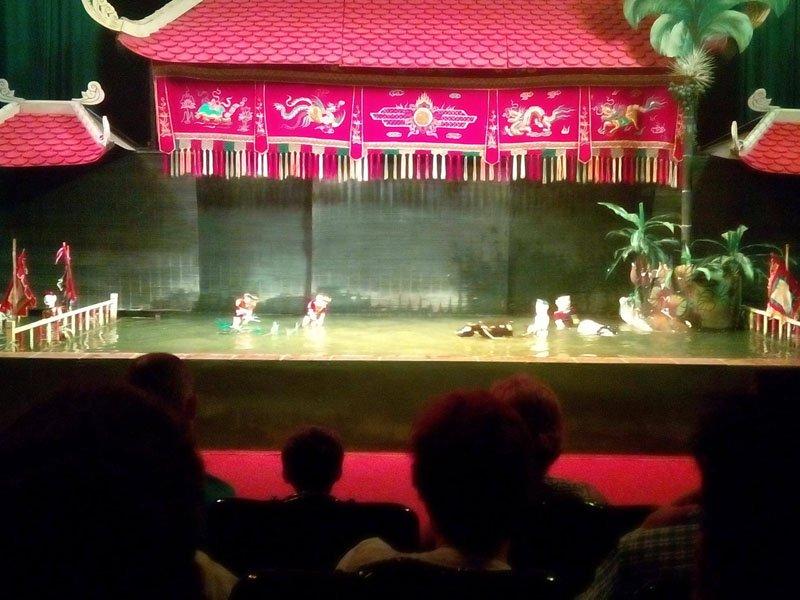 Teatro de marionetas de agua en Hanoi
