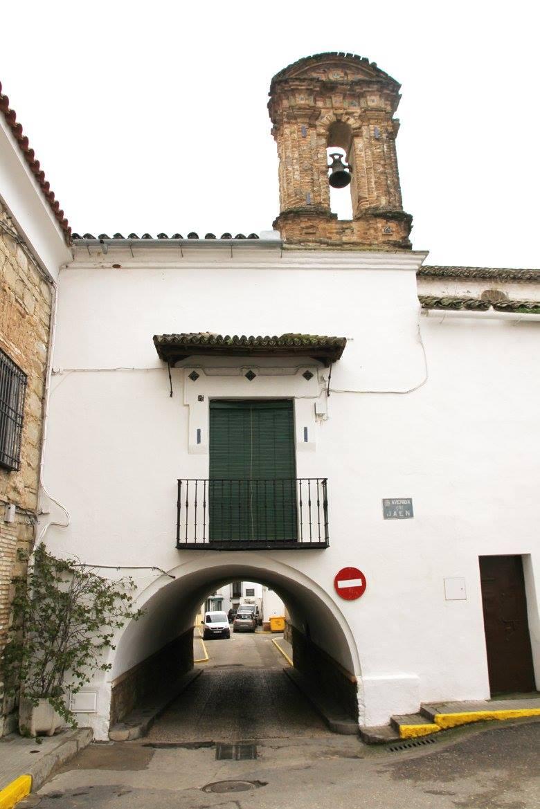 Calle Arco en Cañete de las Torres
