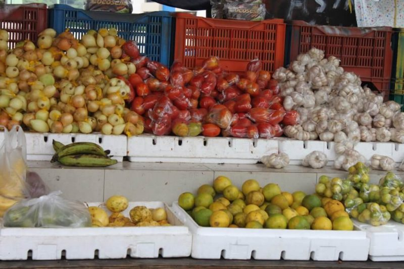 Mercado de frutas en Curaçao