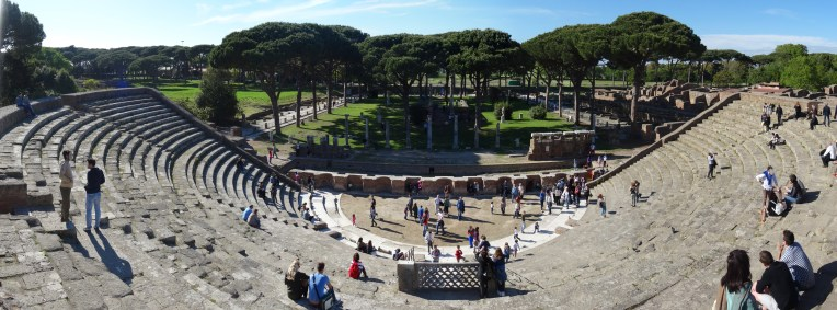 Panoramica_Teatro_di_Ostia