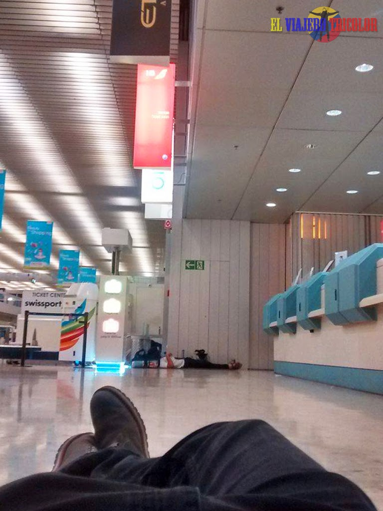 Dormir en aeropuerto