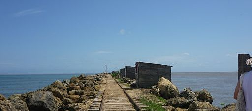 Bocas de cenizas paisaje mar y rio