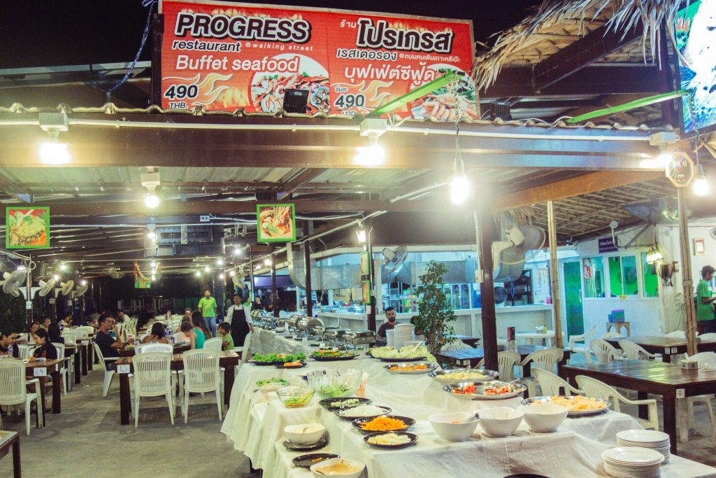 koh lipe restaurants walking street