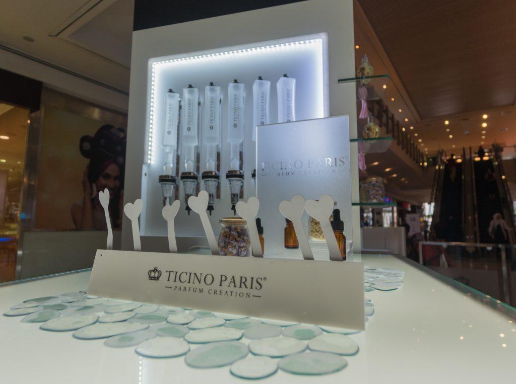 make your own perfume perfume making kit perfume bar kit