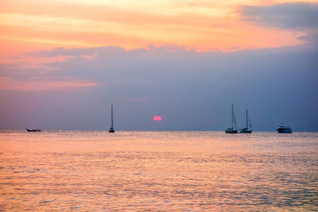 phi phi island travel guide, phuket day trips