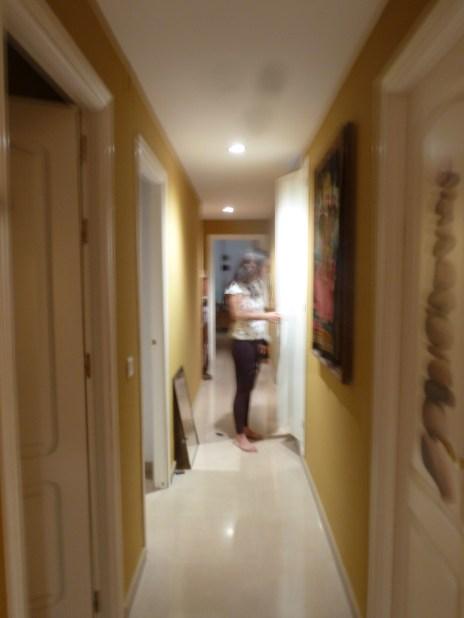Pasillo habitado, toma de Neila Pascual