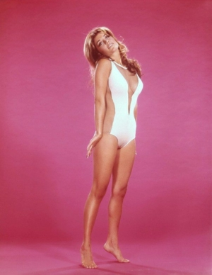 Elvis_drugs_Carey_swimsuit