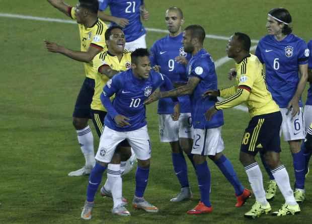 2048x1536-fit_neymar-coeur-altercation-joueurs-colombiens-lors-copa-america-17-juin-2015