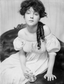 Gibson Girl by Charles Dana Gibson (1890s) (2/3)