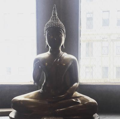 Simple To-Do To Help Spread Peace   Mind Body Soul Stylist   elyshalenkin.com