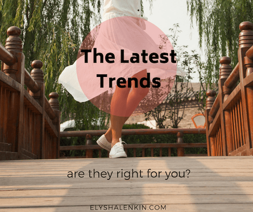 Here's how to figure out which of the fall fashion trends will work for your style. Check out this simple line of questions to know what's right for you!