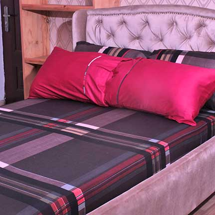 coffee brown and tony red bed sheet with 4 pillow cases
