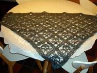 skull shawl | Elzeblaadje