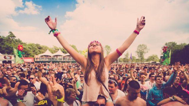 Los festivales a los que todavía puedes ir este año sin rascarte el bolsillo