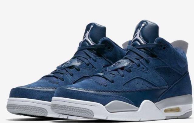 Las Air Jordan Son of Mars vuelven en un tono azul marino