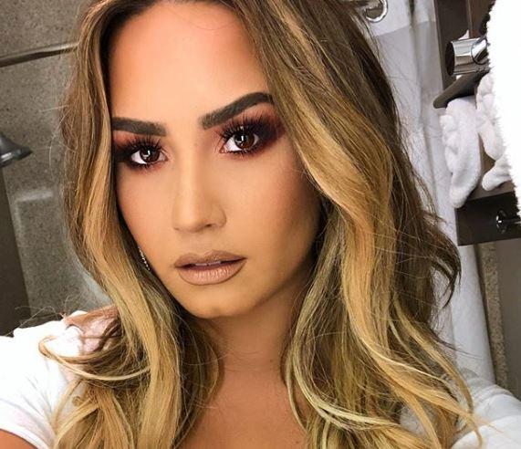 Demi Lovato habla después de ser hospitalizada