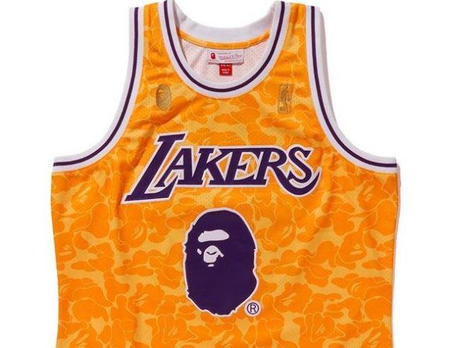 BAPE lanza una completa colección NBA con Mitchell & Ness y Spalding