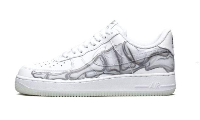 Ya puedes ver las deportivas diseñadas para Halloween, las Nike Skeleton Air Force 1