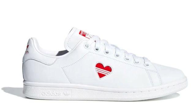 adidas pone un corazón en las Stan Smith para el día de San Valentín