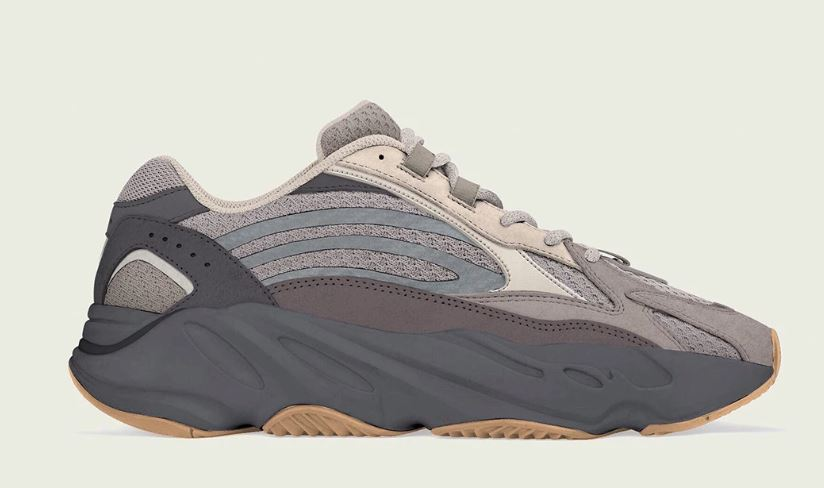 YEEZY BOOST 700 V2 Cement
