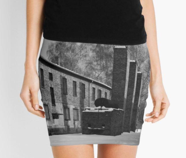 minifalda de Auschwitz