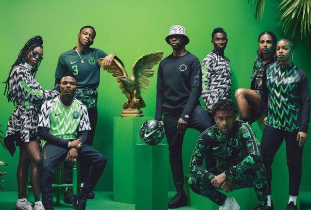La equipación de fútbol del Nigeria se está volviendo a lanzar nuevamente