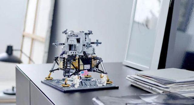 LEGO lanza una réplica del módulo lunar del Apollo 11 en el 50 aniversario del aterrizaje lunar