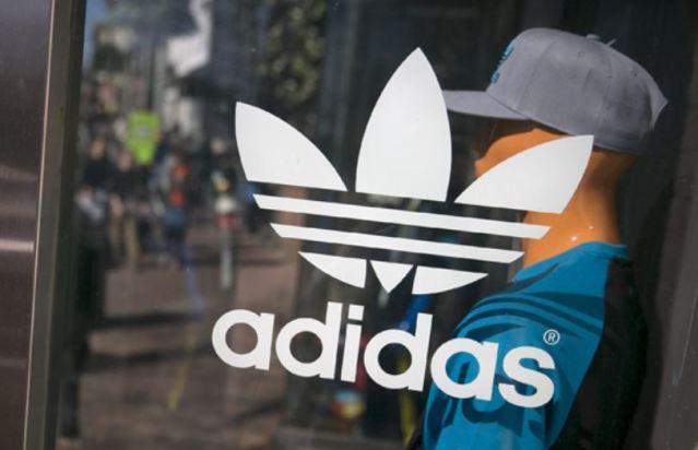 Adidas se enfrenta a una gran sucesión de denuncias de discriminación racial en EEUU