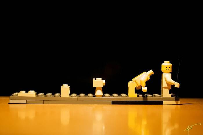 Evolution. Credit: spaceamoeba, flickrCC