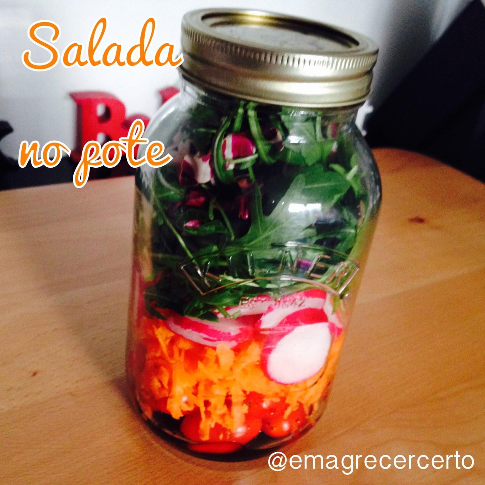 salada no vidro