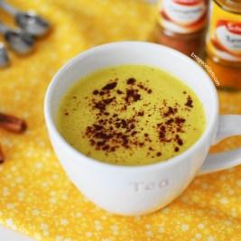 leite dourado de curcuma