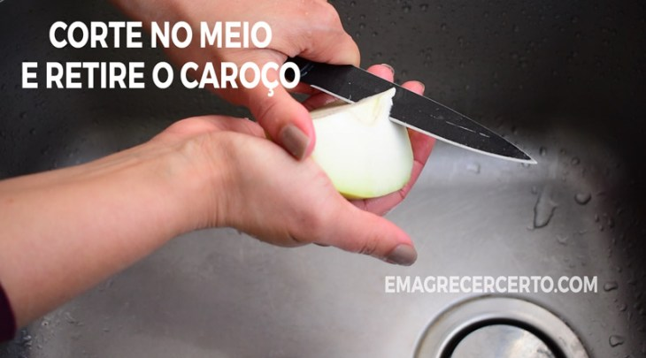 Retire o caroço do chuchu