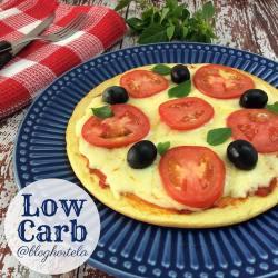Pizza marguerita low carb